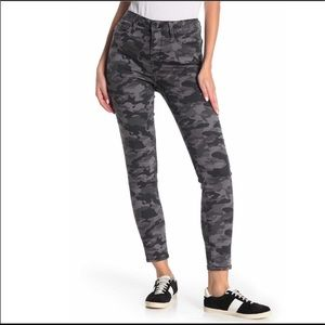 Seven7 High Rise Gray Camo Skinny Jeans